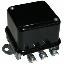 Régulateur de charge batterie 6 volts tracteur IHC 121578C1